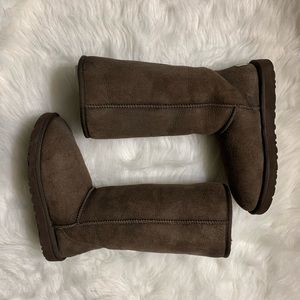 UGG Australia Classic Tall Boot Chocolate Brown